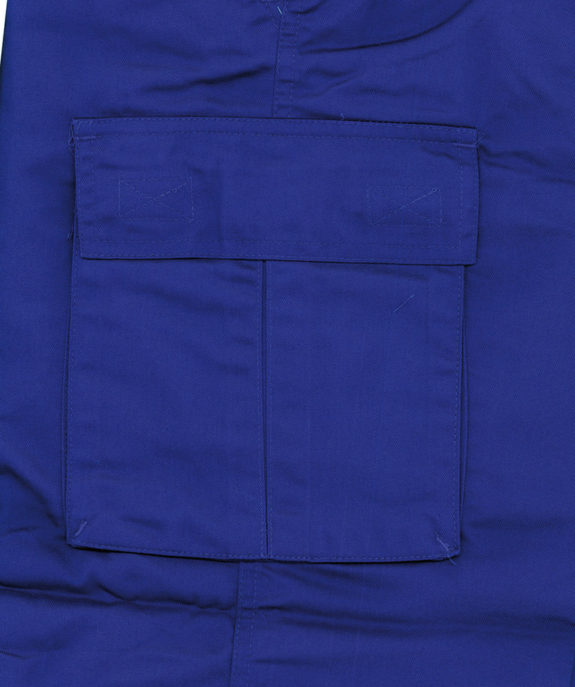 tl-pantalon-sarga-multibolsillo-fuelle-detalle